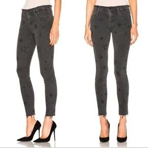 MOTHER Double Fray Charmer Star Embroidered Jeans